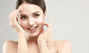 Pelle del viso rigenerata in soli 10 minuti con il peeling chimico di Studio Medico Adigrat.