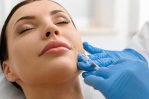 Promo filler viso con massaggio in omaggio a dicembre 2020 da Adigrat.